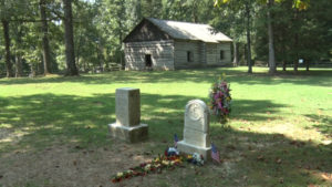 gravestone of Hannah Boone in cemetary